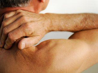 Een pijnlijk gewricht vs gezond gewricht