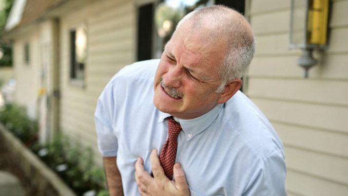 Nieuwe knie verhoogt kans op hartaanval