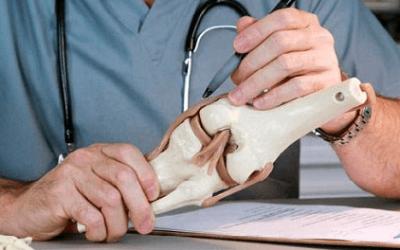 Hyaluronzuur injecties bij versleten knieën, werkt dat?